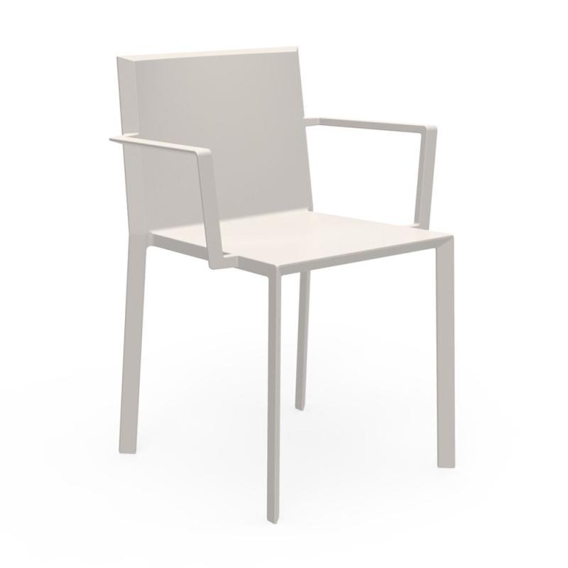 Quartz Chair With Arms, Beige