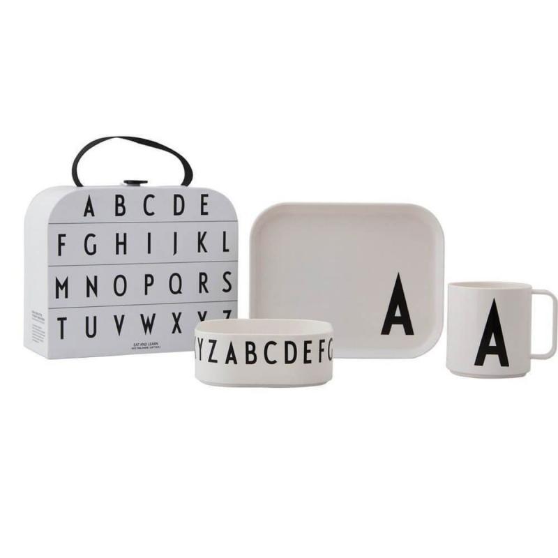 Classics In A Suitcase, A