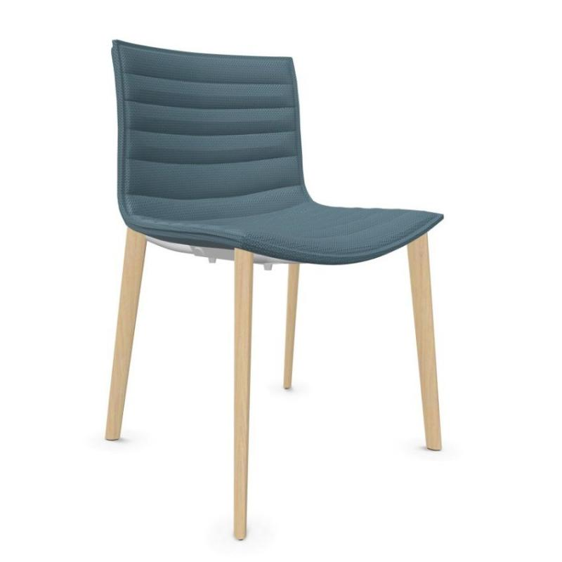 Catifa 46 Chair, Blue Upholstery / Wooden Legs