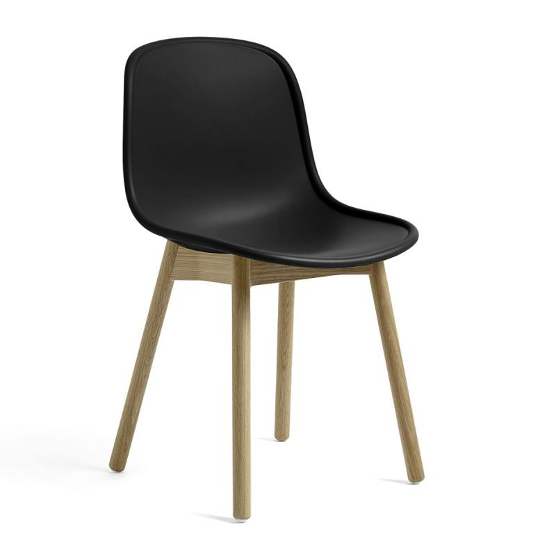 Neu 13 Chair, Black Shell / Oak Base