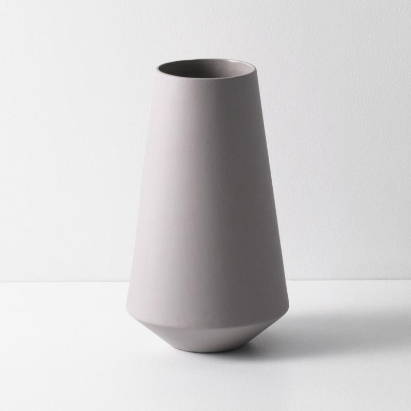 Sculpt Vase, Well, Grey