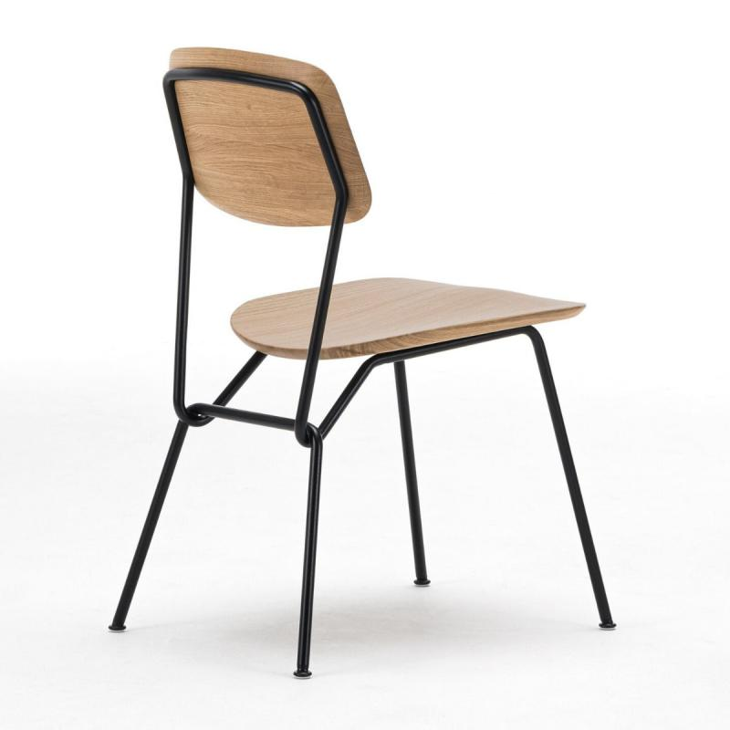 Strain Chair, Oak Seat & Back / Black Metal Frame